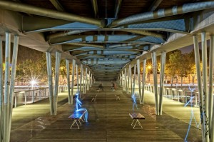 Light Painting de la passerelle Simone de Beauvoir