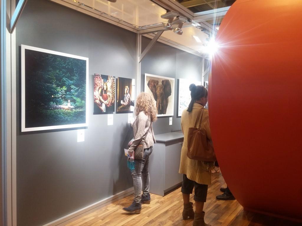 Light painting de christopher hibbert exposé sur le stand de Hahnemühle au salon de la photo 2015 à Paris
